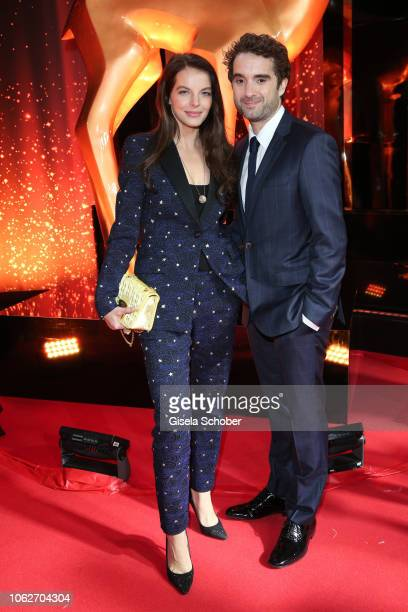 Yvonne Catterfeld and her boyfriend Oliver Wnuk during the Bambi Awards 2018 Arrivals at Stage Theater on November 16, 2018 in Berlin, Germany.