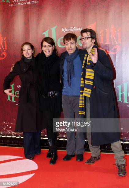 Yvonne Catterfeld Anja Kling German comedian Michael Mittermeier and Ingo Naujoks pose for the media during the premiere of the movie 'Lilli The...
