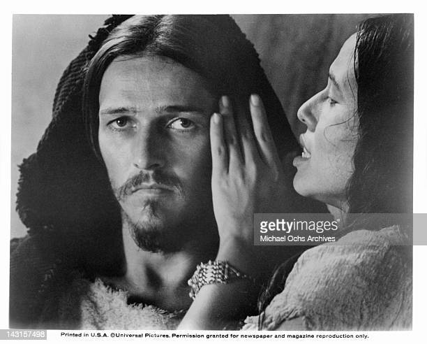 Yvonne Elliman soothes Ted Neeley in a scene from the film 'Jesus Christ Superstar', 1973.