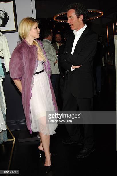 Yvonne Force Villareal and Jon Rubin attend Kiki De Montparnasse Private Dinner at Kiki De Montparnasse on May 22 2006 in New York City