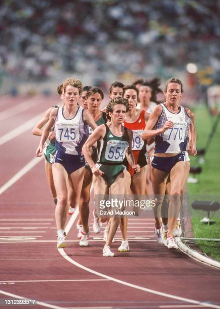 Yvonne Murray of Great Britain, eventual race winner Elena Romanova of the Unified team, Angela Chalmers of Canada, and Alison Wyeth of Great Britain...