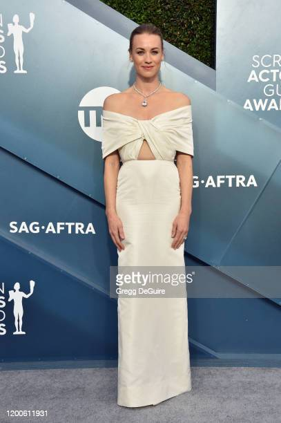 Yvonne Strahovski attends the 26th Annual Screen Actors Guild Awards at The Shrine Auditorium on January 19, 2020 in Los Angeles, California. 721430