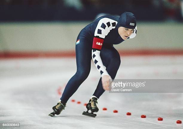Yvonne van Gennip of the Netherlands skates in the Womens 3000m speed skating competition on 23 February 1988 during the XV Olympic Winter Games at...