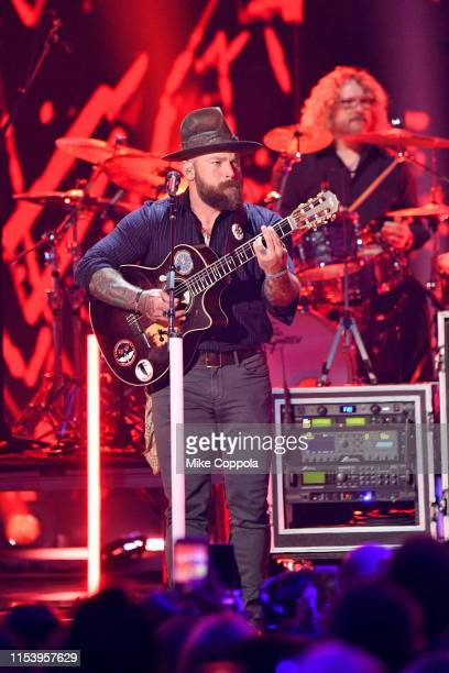 Zac Brown of the Zac Brown Band performs at the 2019 CMT Music Awards at Bridgestone Arena on June 05, 2019 in Nashville, Tennessee.