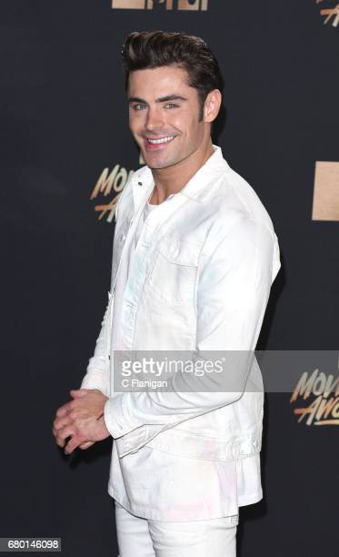 Zac Efron attends the 2017 MTV Movie And TV Awards on May 7 2017 in Los Angeles California