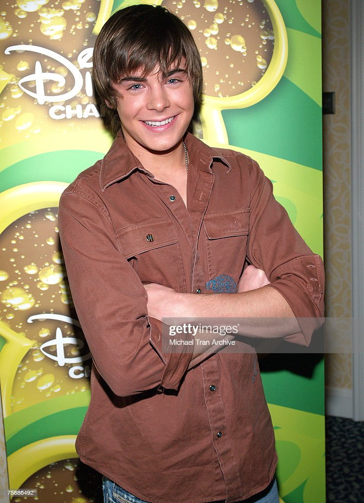 """Breakfast with the Cast and Crew of """"High School Musical"""" - December 16, 2005"""