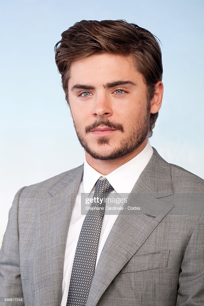 Zac Efron poses during the photocall for movie 'Charlie St Cloud' at the 36th American Film Festival in Deauville.