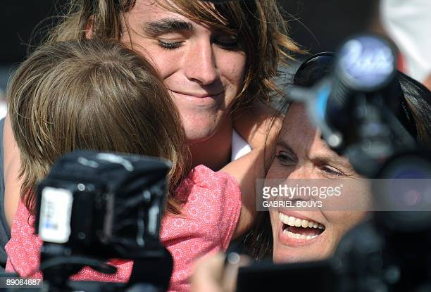 Zac Sunderland is welcomed by his sister and mother at Marina Del Rey California on July 2009 The 17yearold teenager became the youngest person to...
