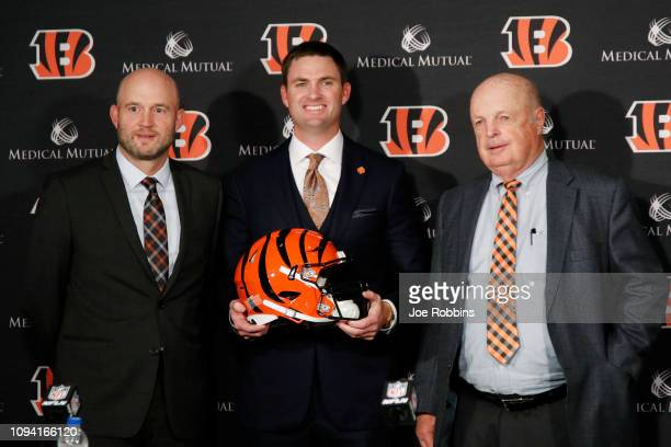 Zac Taylor poses with Cincinnati Bengals director of player personnel Duke Tobin and owner Mike Brown after being introduced as the new head coach...