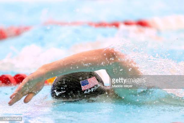 Zach Apple competes in the Men's 200 Meter Freestyle heats on Day Two of the TYR Pro Swim Series at San Antonio on January 15, 2021 in San Antonio,...