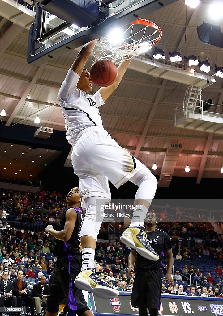 Zach Auguste #2 of the Notre Dame Fighting Irish dunks the ball against the Niagara Purple Eagles at Purcel Pavilion on December 21, 2012 in South Bend, Indiana.