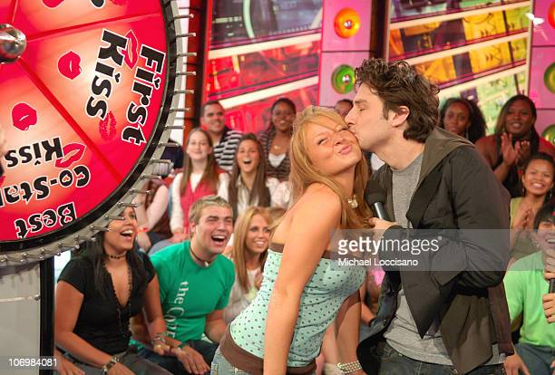 Zach Braff and TRL Audience Member during Rachel Bilson Zach Braff and Hilarie Burton Visit MTV's 'TRL' September 8 2006 at MTV Studios Times Square...