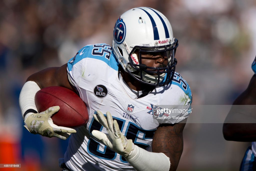 Tennessee Titans v Oakland Raiders