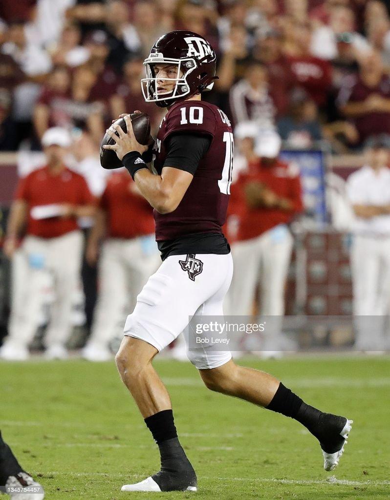 Alabama v Texas A&M : News Photo