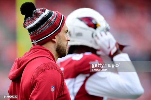 Zach Ertz of the Arizona Cardinals looks on prior to the game against the Cleveland Browns at FirstEnergy Stadium on October 17, 2021 in Cleveland,...