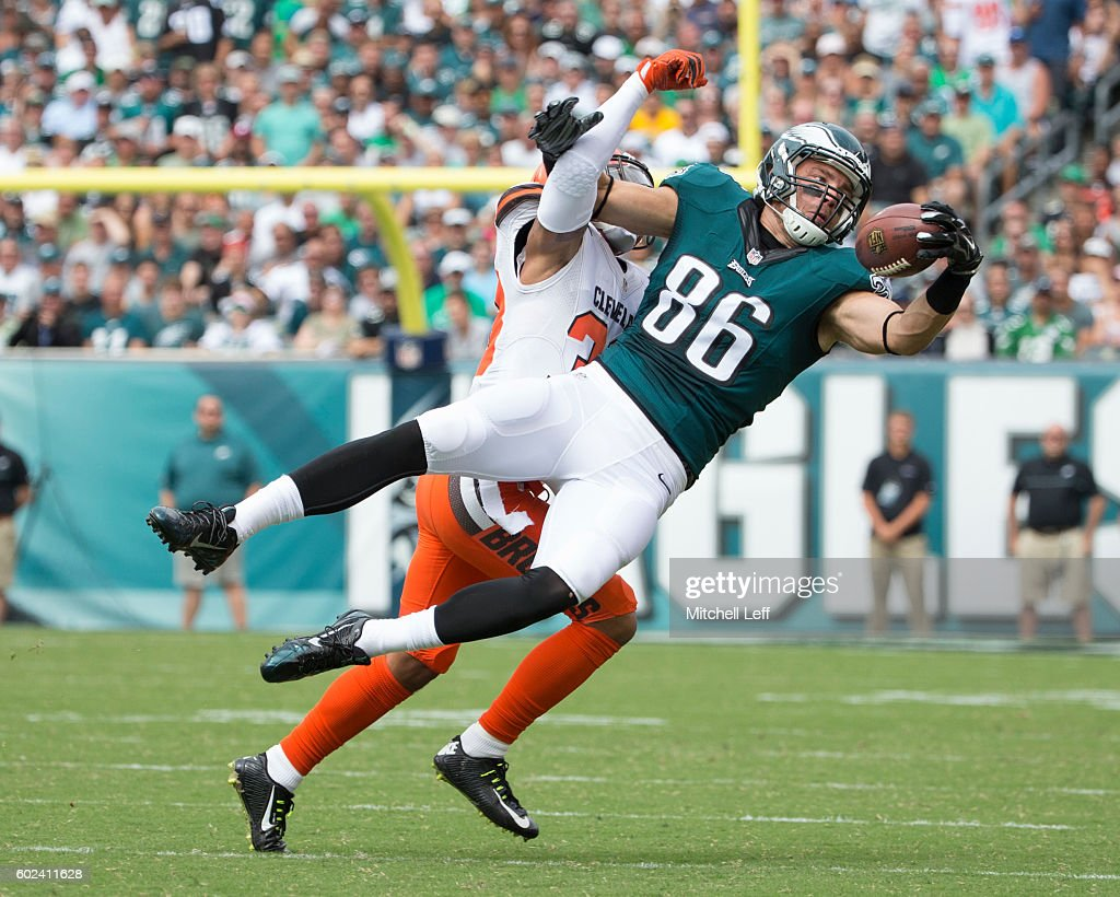 Cleveland Browns v Philadelphia Eagles : News Photo