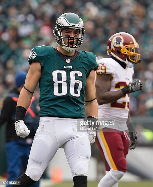 Zach Ertz of the Philadelphia Eagles reacts in front of Duke Ihenacho of the Washington Redskins in the first quarter at Lincoln Financial Field on...