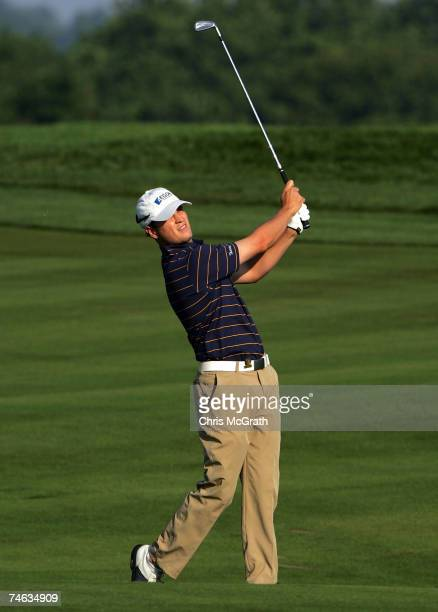 Zach Johnson hits a shot during the first round of the 107th US Open Championship at Oakmont Country Club on June 14 2007 in Oakmont Pennsylvania