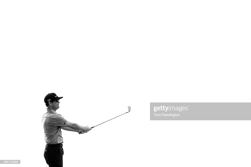 Zach Johnson plays his shot from the 17th tee during the second round of the Sony Open In Hawaii at Waialae Country Club on January 15, 2016 in Honolulu, Hawaii.