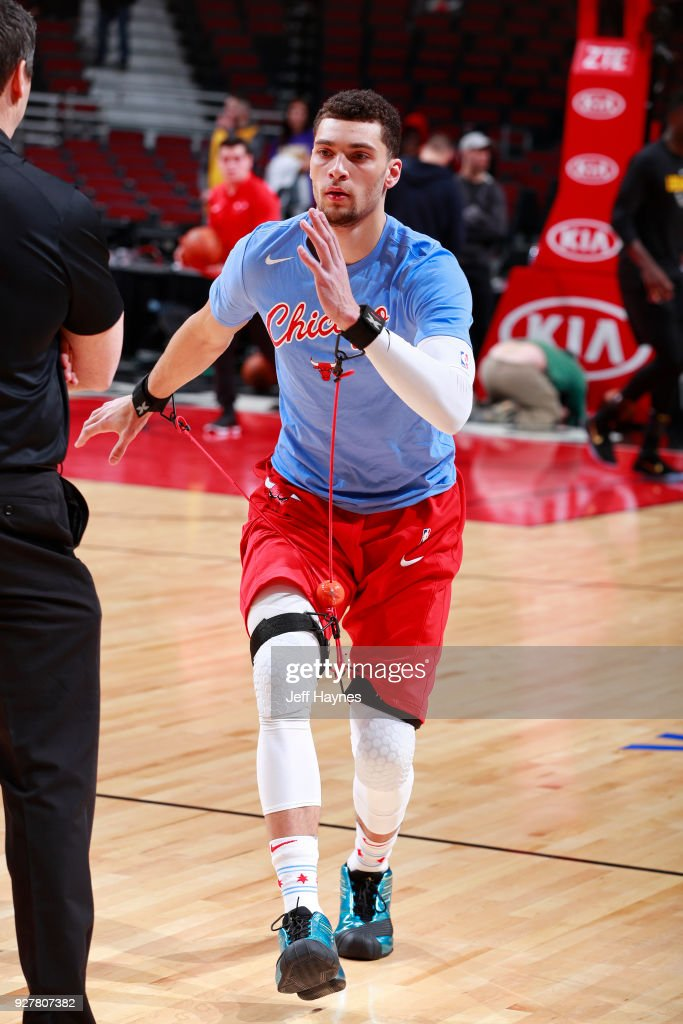 Zach LaVine of the Chicago Bulls stretches before the game