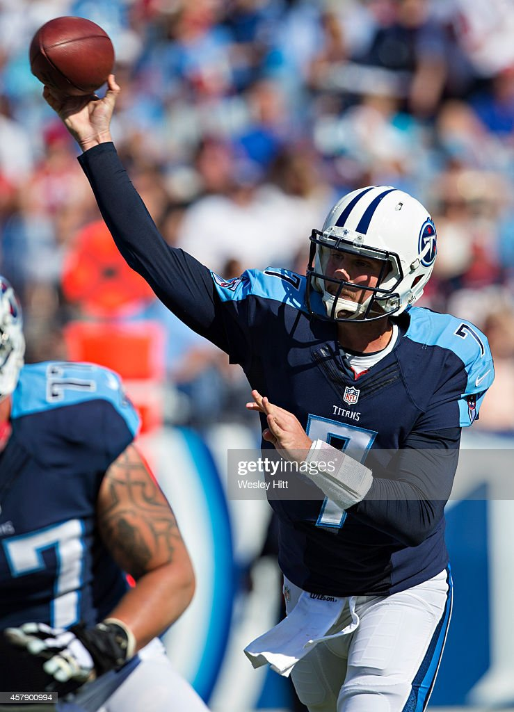 Zach Mettenberger #7 of the Tennessee Titans throws a pass in the third quarter against the Houston Texans at LP Field on October 26, 2014 in Nashville, Tennessee. The Texans defeated the Titans 30-16.
