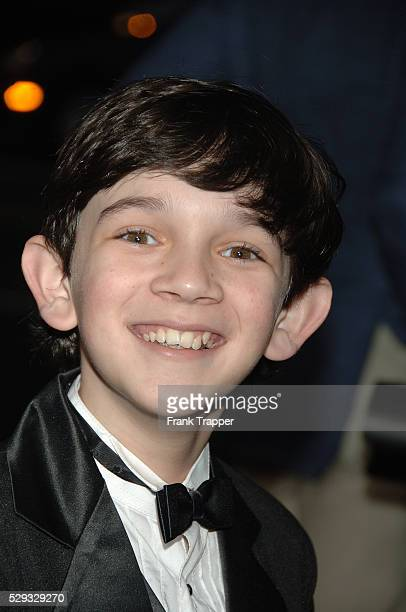 Zach Mills arrives at the premiere of 'Hollywoodland' held at The Academy of Motion Picture Arts and Sciences in Beverly Hills