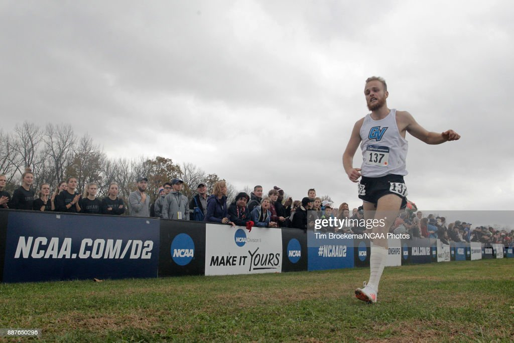 NCAA Division II Men's and Women's Cross Country Championship : News Photo