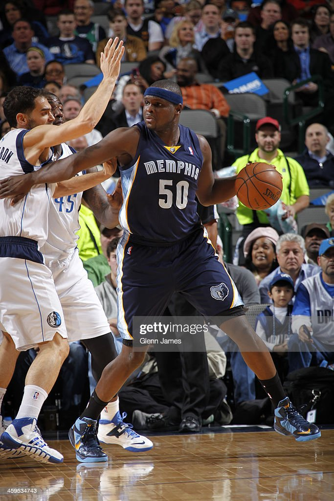 Zach Randolph #50 of the Memphis Grizzlies looks to pass the ball against the Dallas Mavericks on December 18, 2013 at the American Airlines Center in Dallas, Texas.