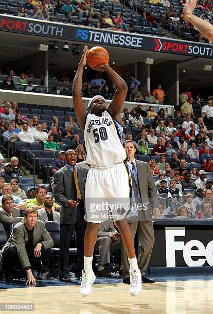 Zach Randolph of the Memphis Grizzlies shoots a jump shot during the game against the Dallas Mavericks at the FedExForum on March 31 2010 in Memphis...