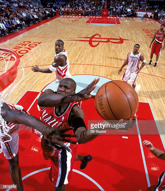 Zach Randolph of the Portland Trail Blazers takes the ball to the basket during the NBA game against the Houston Rockets at Toyota Center on December...