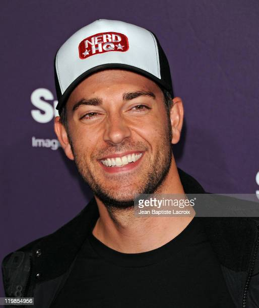 Zachary Levi arrives at SyFy/E! Comic-Con Party at Hotel Solamar on July 23, 2011 in San Diego, California.