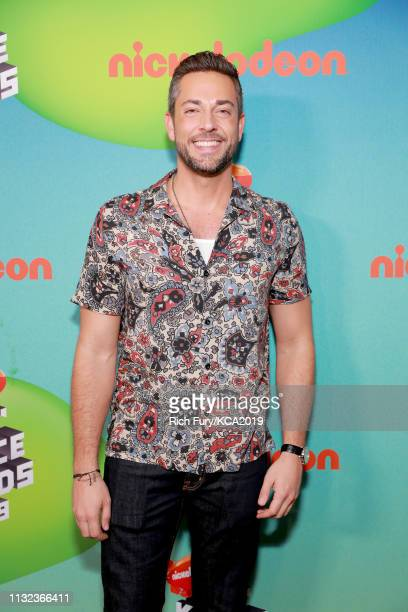 Zachary Levi attends Nickelodeon's 2019 Kids' Choice Awards at Galen Center on March 23 2019 in Los Angeles California