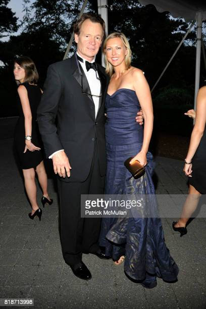 Zack Bacon and Jennifer Worthington attend THE CONSERVATORY BALL at The New York Botanical Garden on June 3 2010 in New York City