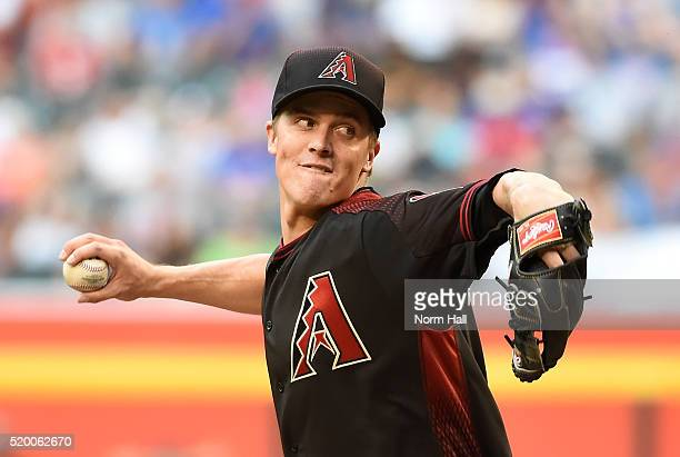 Zack Greinke of the Arizona Diamondbacks delivers a first inning pitch against the Chicago Cubs at Chase Field on April 9 2016 in Phoenix Arizona