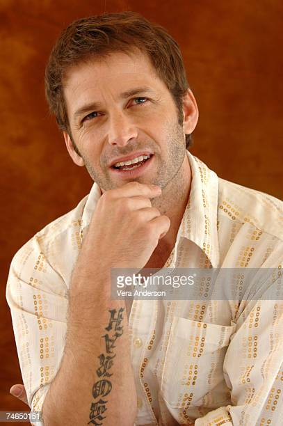 Zack Snyder during '300' Press Conference with Gerard Butler Rodrigo Santoro Frank Miller and Zack Snyder at the Beverly Hilton Hotel in Beverly...