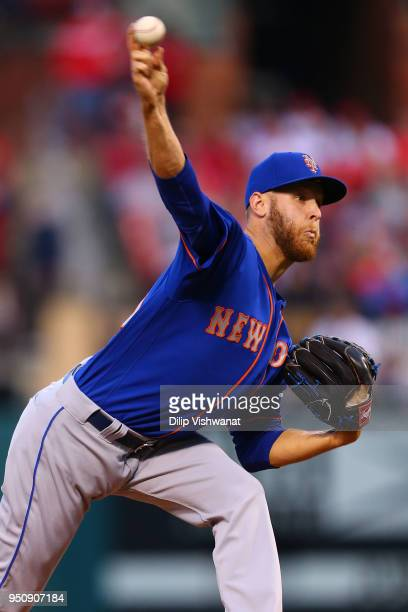 Zack Wheeler of the New York Mets delivers a pitch against the St Louis Cardinals in the first inning at Busch Stadium on April 24 2018 in St Louis...