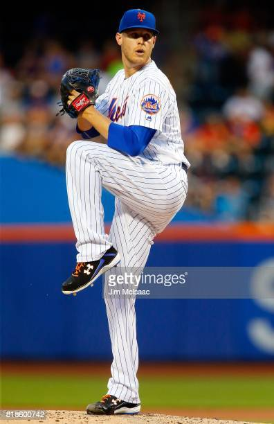 Zack Wheeler of the New York Mets in action against the St Louis Cardinals at Citi Field on July 17 2017 in the Flushing neighborhood of the Queens...