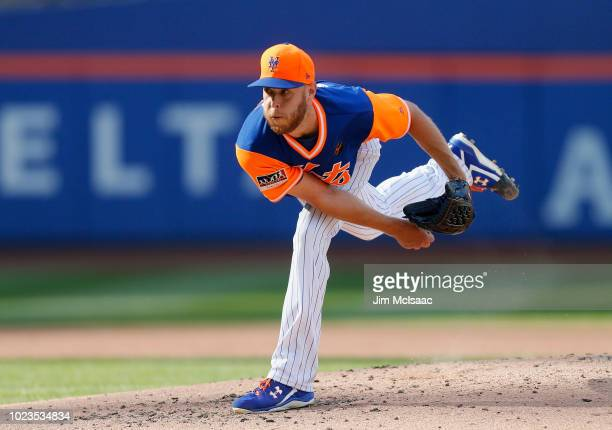 Zack Wheeler of the New York Mets in action against the Washington Nationals at Citi Field on August 25 2018 in the Flushing neighborhood of the...