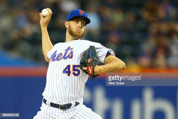 Zack Wheeler of the New York Mets pitches in the first inning against the Pittsburgh Pirates at Citi Field on June 27 2018 in the Flushing...
