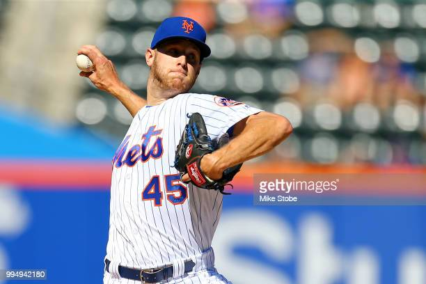 Zack Wheeler of the New York Mets pitches in the first inning against the Philadelphia Phillies during Game One of a doubleheader at Citi Field on...