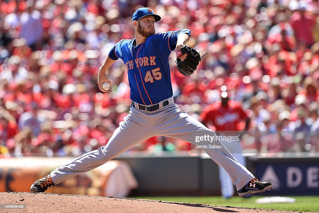 Zack Wheeler #45 of the New York Mets pitches in the second inning against the Cincinnati Reds at Great American Ball Park on September 7, 2014 in Cincinnati, Ohio.