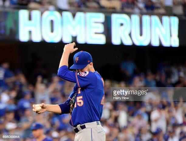 Zack Wheeler of the New York Mets reacts to a two run homerun from Justin Turner of the Los Angeles Dodgers to trail 60 during the second inning at...