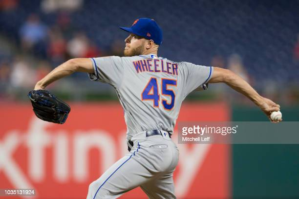 Zack Wheeler of the New York Mets throws a pitch in the bottom of the second inning against the Philadelphia Phillies at Citizens Bank Park on...