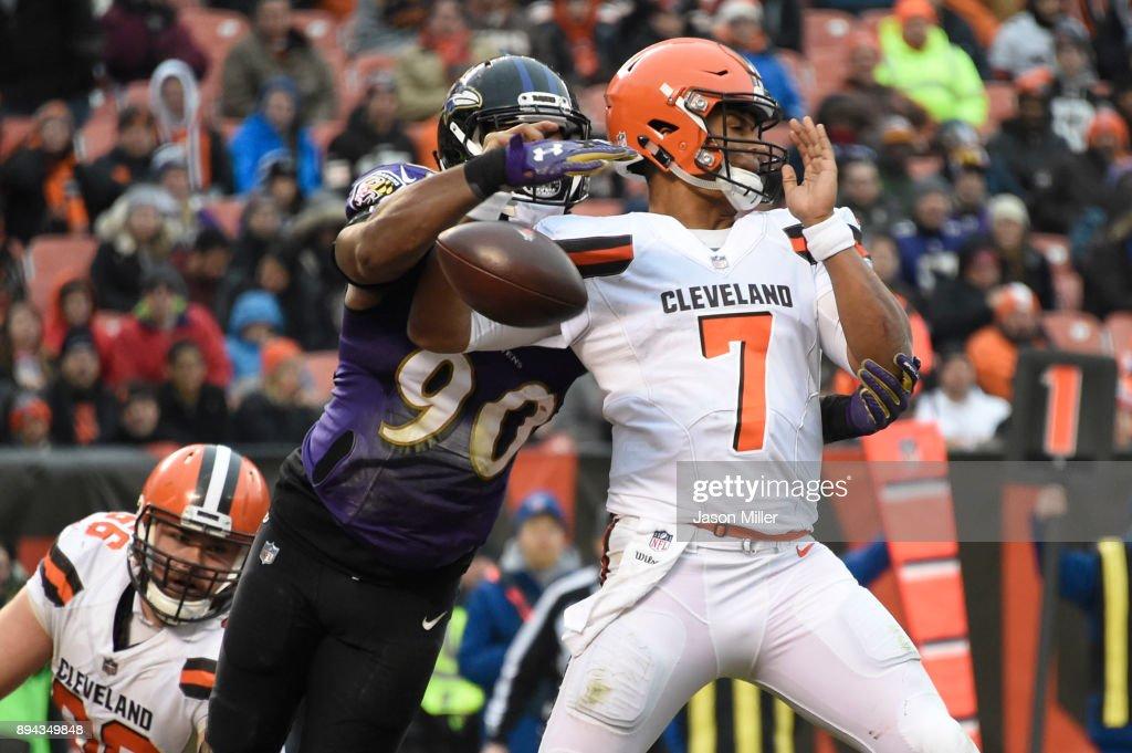 Baltimore Ravens v Cleveland Browns : Nachrichtenfoto