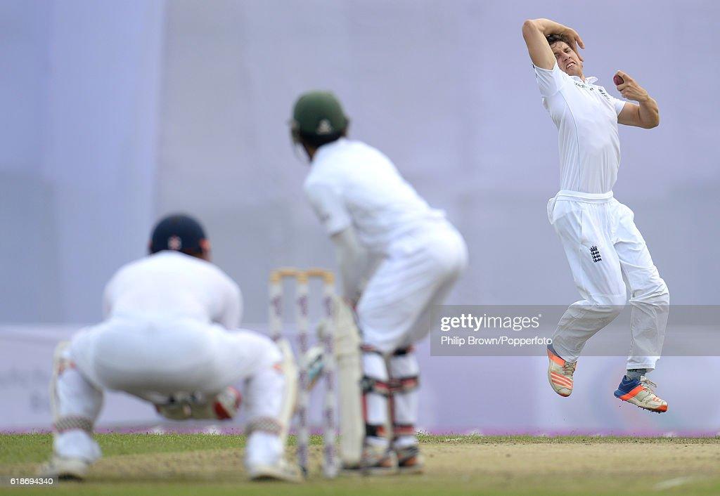 Bangladesh v England - Second Test Day One : News Photo