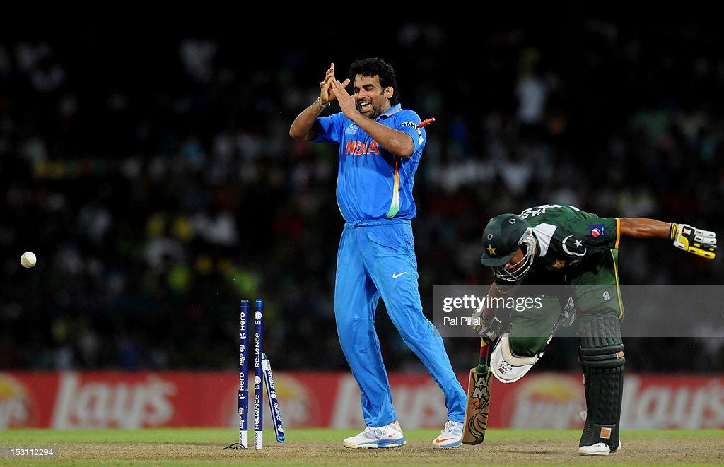 Pakistan v India - ICC World Twenty20 2012: Super Eights Group 2 : News Photo