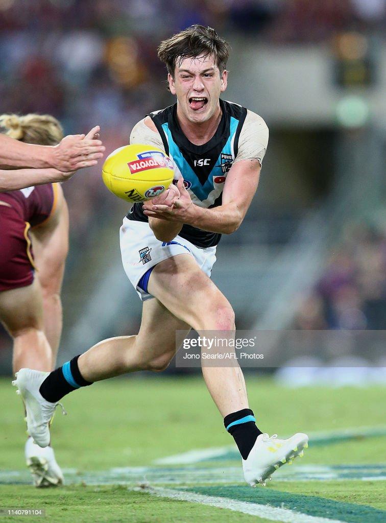 AFL Rd 3 - Brisbane v Port Adelaide : News Photo