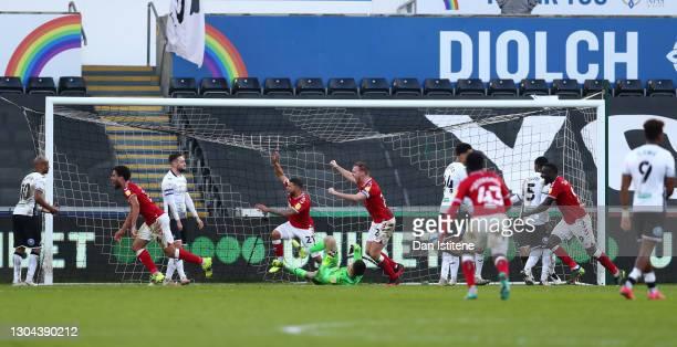 Zak Vyner, Nahki Wells and Tomas Kalas of Bristol City celebrate their team's second goal, scored from a corner kick by Kasey Palmer of Bristol City...