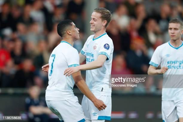 Zakaria Aboukhlal of PSV U23 celebrates 11 with Dante Rigo of PSV U23 during the Dutch Keuken Kampioen Divisie match between Go Ahead Eagles v PSV...