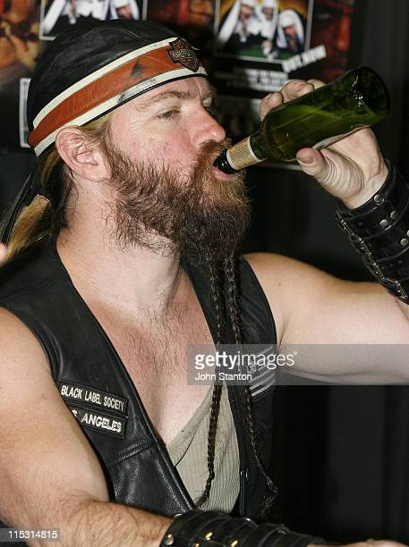Zakk Wylde during Zakk Wylde and Black Label Society Sign Their New Album at Utopia Records - September 26, 2006 at Utopia Store in Sydney, NSW,...